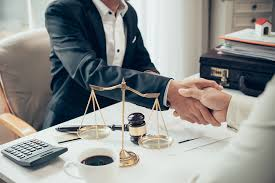 business law attorney serving in Chicago, Illinois